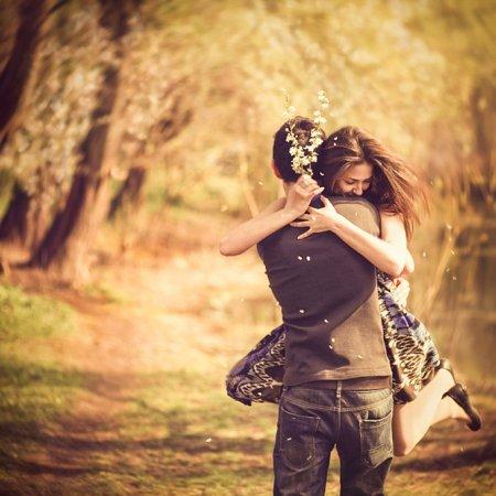 Почему полезно обниматься