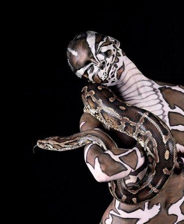 """Коллекция """"звериного"""" боди-арта от известного американского фотографа Леннетт Ньюэлл"""