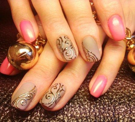 Простой и стильный ногтевой дизайн или оригинальная роспись по лаку