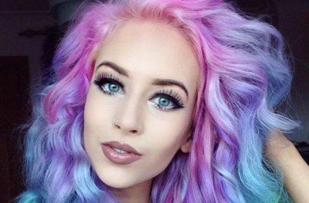 Мода на радужные волосы